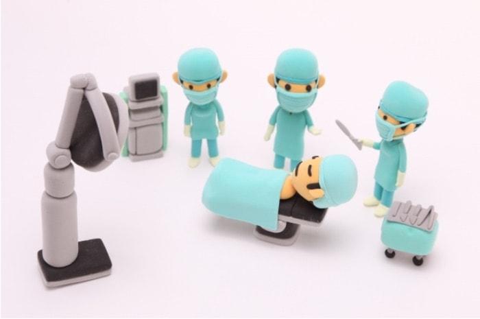 外科矯正をしている