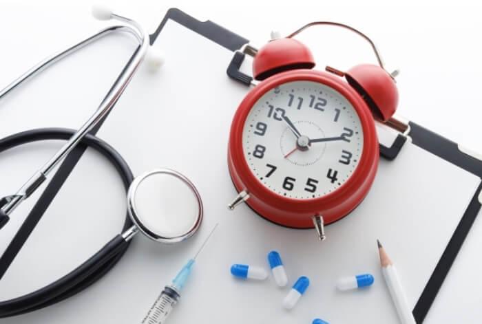 医療の治療期間をイメージしている